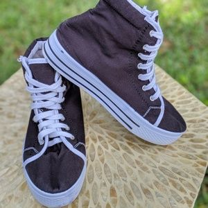 Qupid MANIAC-05 Street Lace Up High Top Sneakers